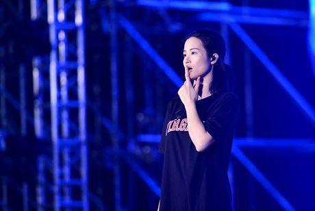 Dong Nhi cung co nhung luc mac dep the nay day - Anh 8