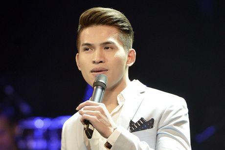 Quoc Thien hat lai hit cua hoa hau Phuong Nga sang tac - Anh 1