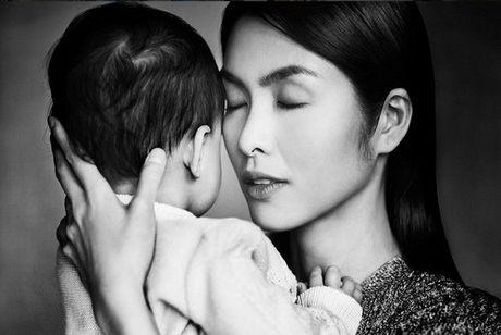 Nhung khoanh khac Tang Thanh Ha ben con trai - Anh 1