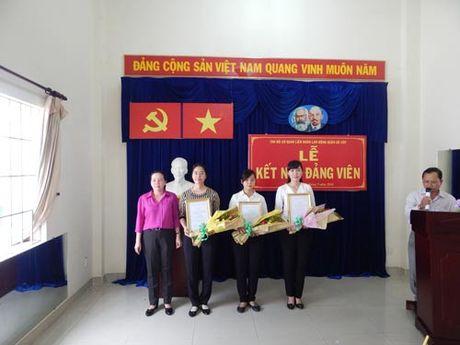 Nang cao nhan thuc ve Dang cho doan vien uu tu - Anh 1