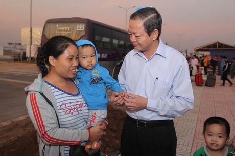 Tang 35.000 ve tau, xe cho cong nhan ve que an Tet - Anh 1