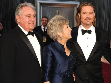 Bo me Brad Pitt khong tha thu cho Angelina Jolie vi quyet dinh bat ngo ly hon - Anh 2