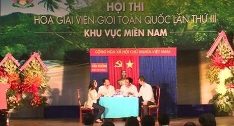 Hoi thi Hoa giai vien gioi toan quoc lan thu III khu vuc phia Nam 2016 - Anh 1