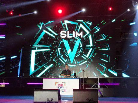 Qua an tuong, BTC Asia Song Festival moi Slim V di 'tang 2' - Anh 6