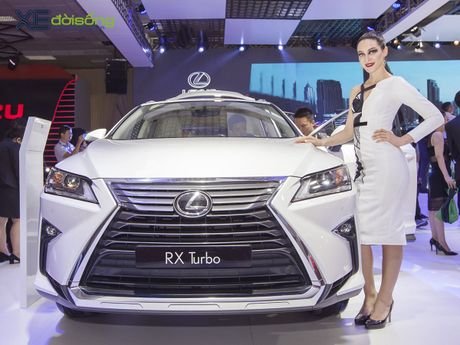 Dan nguoi mau Lexus sac ben nhat Vietnam Motor Show 2016 - Anh 6