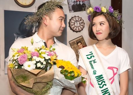Ban trai dai gia cua A hau Thuy Van lan dau lo dien - Anh 7