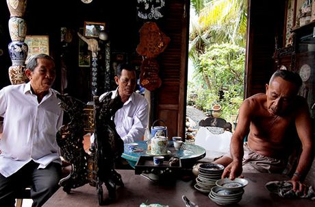 Bo suu tap nghin mon doc, la cua lao 'di nhan' mien Tay - Anh 2