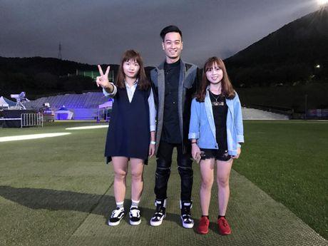 SlimV doi non la trinh dien, mo man xuat sac cho #teamVietNam truoc khi Noo den Asia Song Festival - Anh 6