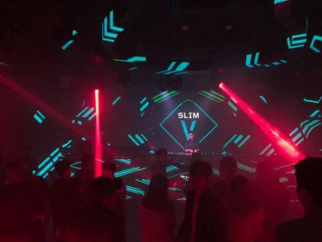 SlimV doi non la trinh dien, mo man xuat sac cho #teamVietNam truoc khi Noo den Asia Song Festival - Anh 8