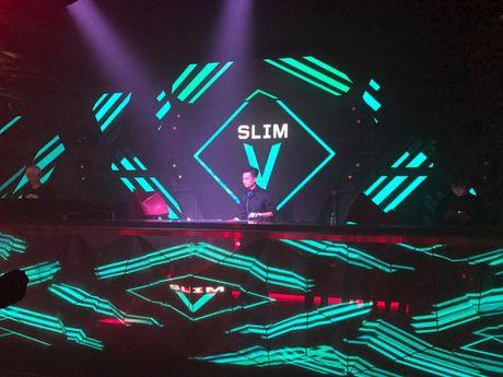 SlimV doi non la trinh dien, mo man xuat sac cho #teamVietNam truoc khi Noo den Asia Song Festival - Anh 9
