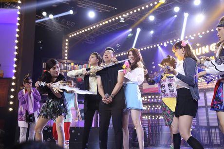 Lip Sync Battle: Kelvin Khanh om Tran Thanh tinh tu tren nen nhac Khoi My - Anh 10