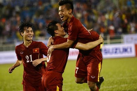 Indonesia vs DTVN (0-2, H1): Van Thang, Minh Tuan ghi ban - Anh 7
