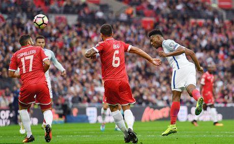 Rooney mo nhat, Anh thang nhe 'be hat tieu' Malta - Anh 1