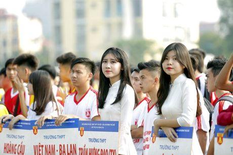 Nu sinh Ha Thanh khoe sac tai giai bong da hoc sinh PTTH - Anh 2