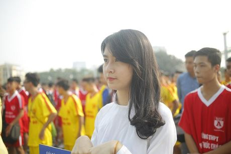 Nu sinh Ha Thanh khoe sac tai giai bong da hoc sinh PTTH - Anh 4