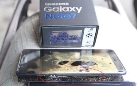 Galaxy Note7 thay the tiep tuc phat no tai Dai Loan - Anh 1