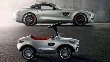 Mercedes trinh lang xe AMG GT Bobby-Car danh cho tre em - Anh 1