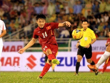 Nong: Xuan Truong co the khong cung DT Viet Nam tham du AFF Cup 2016 - Anh 1
