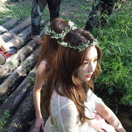 Sao Han 10/10: Chae Yeon (I.O.I) eo nho xiu, Seol Hyun khoe dang quyen ru - Anh 3
