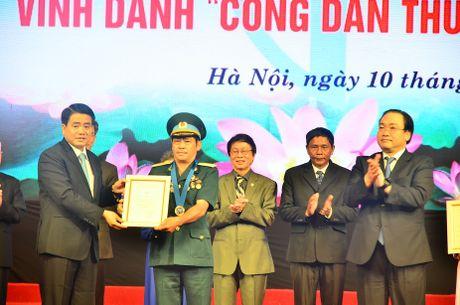 Vinh danh 9 'Cong dan Thu do uu tu' nam 2016 - Anh 2