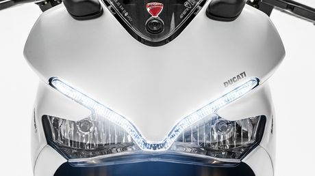 Ducati trinh lang SuperSport hoan toan moi, gia tu 10.995 USD - Anh 6