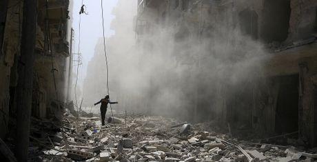 My san sang trang bi cho phien quan Syria de 'lay mau nguoi Nga' - Anh 1
