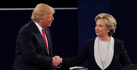 Khao sat CNN/ORS: Clinton thang tranh luan nhung Trump the hien tot hon ky vong - Anh 1