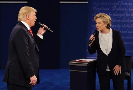 Trump vs Clinton: Cuoc tranh luan 'ky quac' nhat trong lich su tranh cu tong thong My - Anh 3