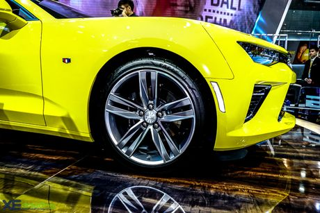 Chevrolet Camaro SS, xe co bap duy nhat tai VMS 2016 - Anh 4