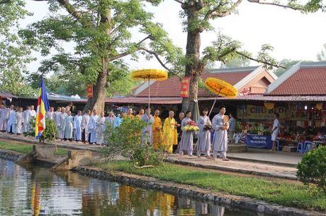 Thai Binh chinh thuc khai hoi chua Keo mua Thu nam 2016 - Anh 1