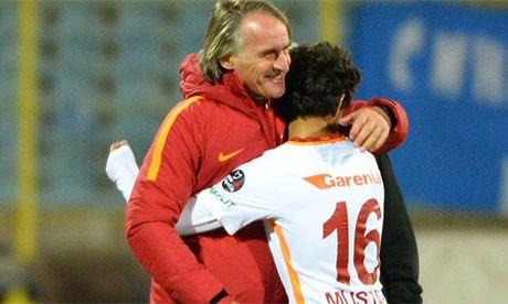 'Pogba Tho Nhi Ky' ra mat doi mot Galatasaray o tuoi 14 - Anh 1