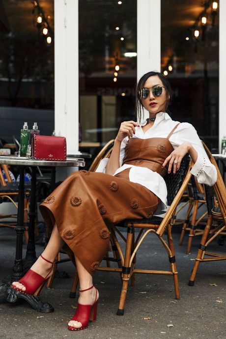 Hoc lom cach mix do Thu Dong tu 5 fashion blogger chau A - Anh 11
