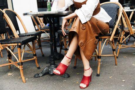 Hoc lom cach mix do Thu Dong tu 5 fashion blogger chau A - Anh 12
