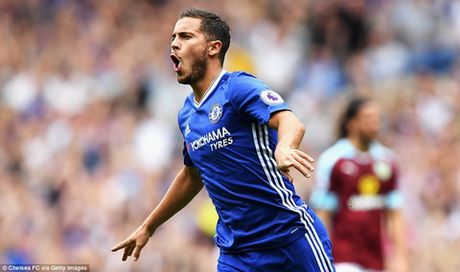 Chelsea tinh doi Hazard lay Bonucci - Anh 2