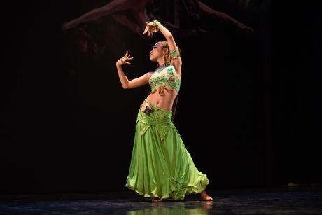 Ballet Nga tuyen vu cong nhi cho vo 'Kep hat de' - Anh 6
