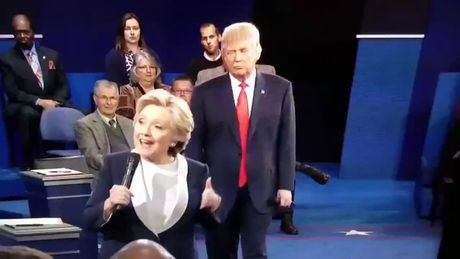 """Cuoc chien"" ngon ngu co the Hillary Clinton va Donald Trump - Anh 3"