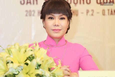 Dan Truong, Phuong Thanh den hop bao ung ho Viet Huong lam liveshow mien phi cho 11.200 sinh vien - Anh 1
