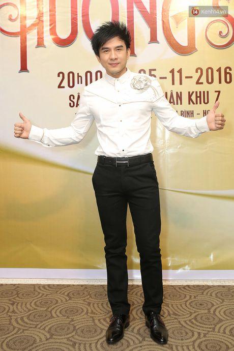Dan Truong, Phuong Thanh den hop bao ung ho Viet Huong lam liveshow mien phi cho 11.200 sinh vien - Anh 2