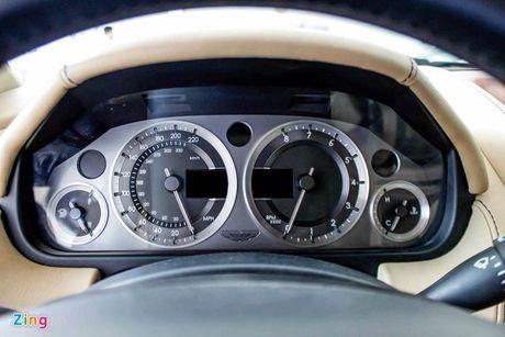Aston Martin DB9 - sieu xe vang bong mot thoi tai Viet Nam - Anh 7