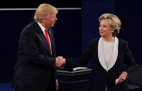 Tranh luan lan 2: Trump se cho Clinton di tu neu thang - Anh 4