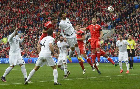 Bale ghi ban, xu Wales van bi Georgia cam hoa 1-1 - Anh 4