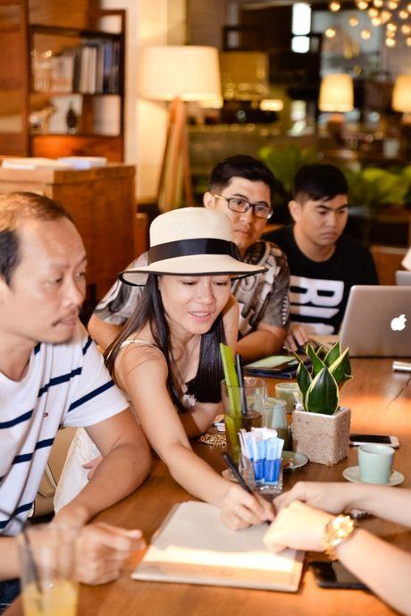 Dan sao Viet hau thuan show thoi trang cua Chung Thanh Phong - Anh 6