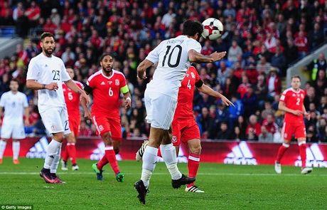 Xu Wales hai tran lien tiep khong thang du Gareth Bale ghi ban - Anh 2