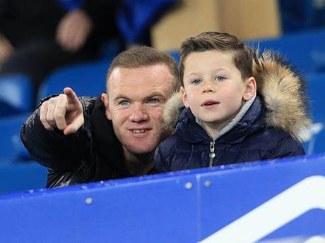 Con trai Rooney, Carrick theo buoc cha gia nhap Man United - Anh 7