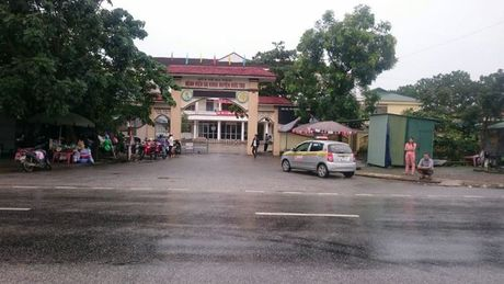 Xac minh truong hop san phu va thai nhi tu vong tai Ha Tinh - Anh 1