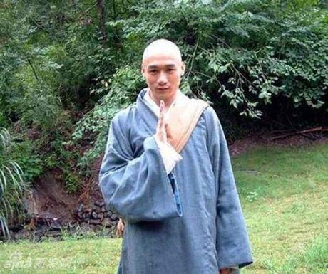 Doi the tham cua dien vien Duong Qua, Hu Truc - Anh 1