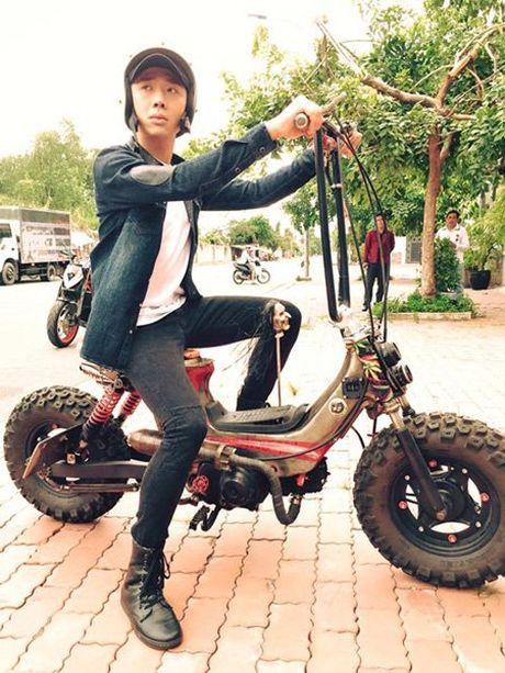 Fan dong long 'ung ho' Tran Thanh chay xe di ban... bap xao - Anh 2