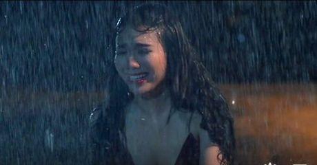 'Do mat' voi phim ngan ngap tran canh nong cua Linh Miu - Anh 3