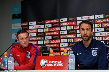 Sau cung, Gareth Southgate cung phai loai Wayne Rooney! - Anh 1