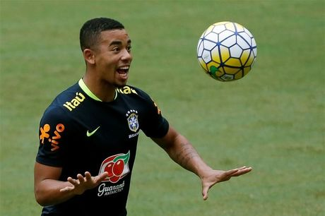 'Gabriel Jesus se la ngoi sao o Premier League' - Anh 1
